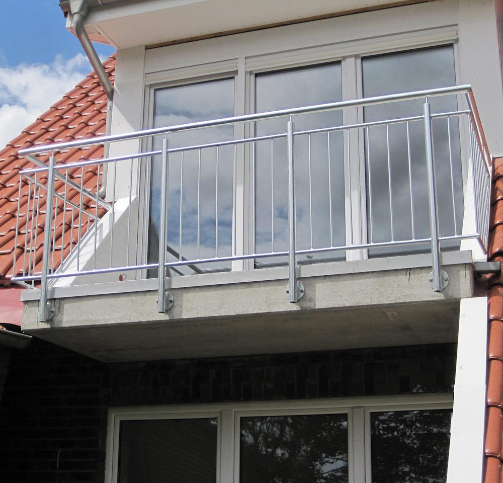 Stahlbau Oltmanns bietet professionellen Service für anspruchsvolle Balkonkonstrukttionen.